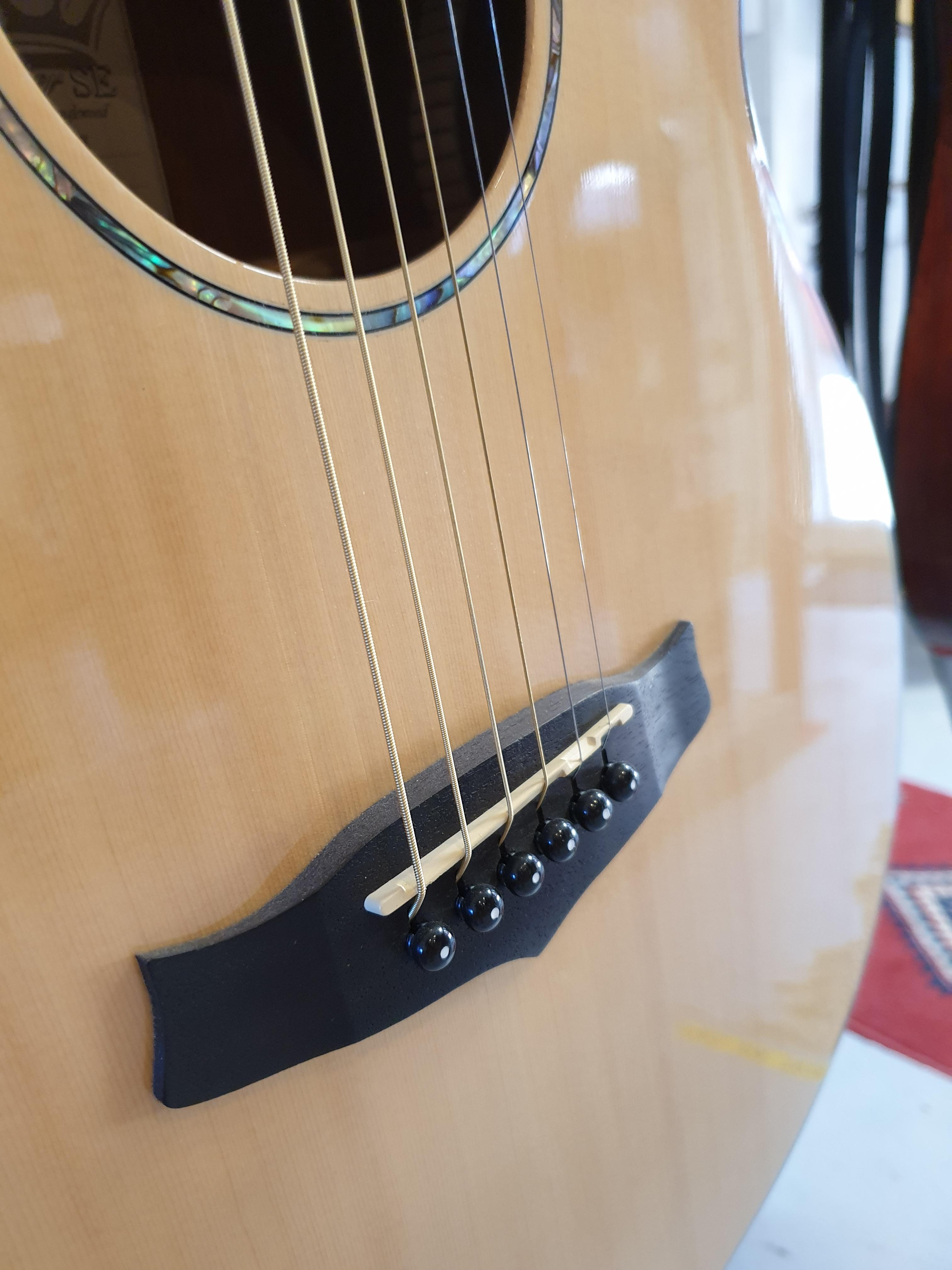Tanglewood Premier Deluxe TPE SF DLX